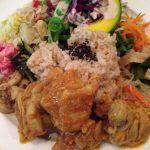 シヴァカフェで玄米を中心に据えたワンプレートランチ、美味しかったけど、少しだけ高い印象です。